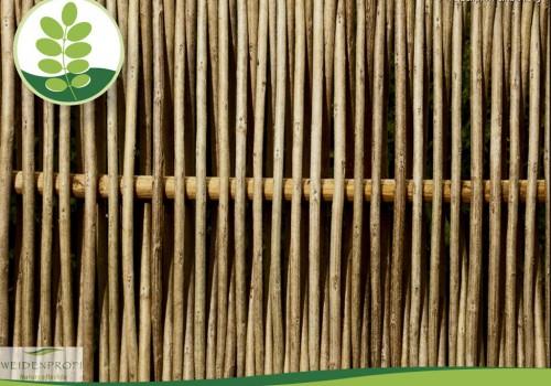 Naturzäune Aus Robiniengeflecht